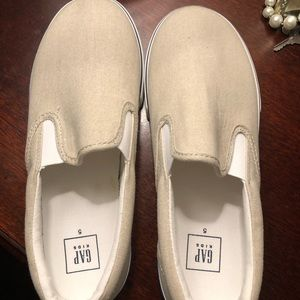 Kids Slip on Sneakers